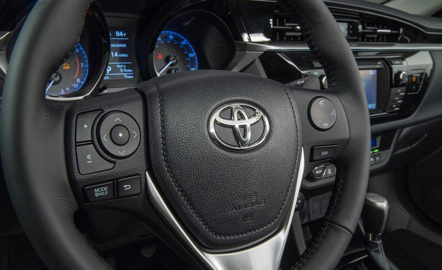 2014 Toyota Corolla S - Slide 10