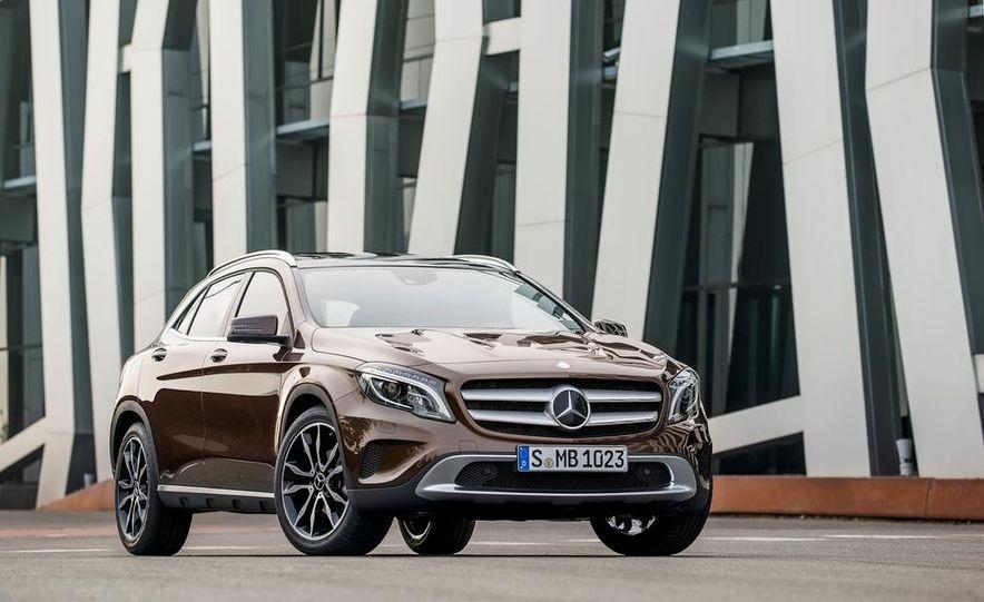 2015 Mercedes-Benz GLA250 4MATIC - Slide 34