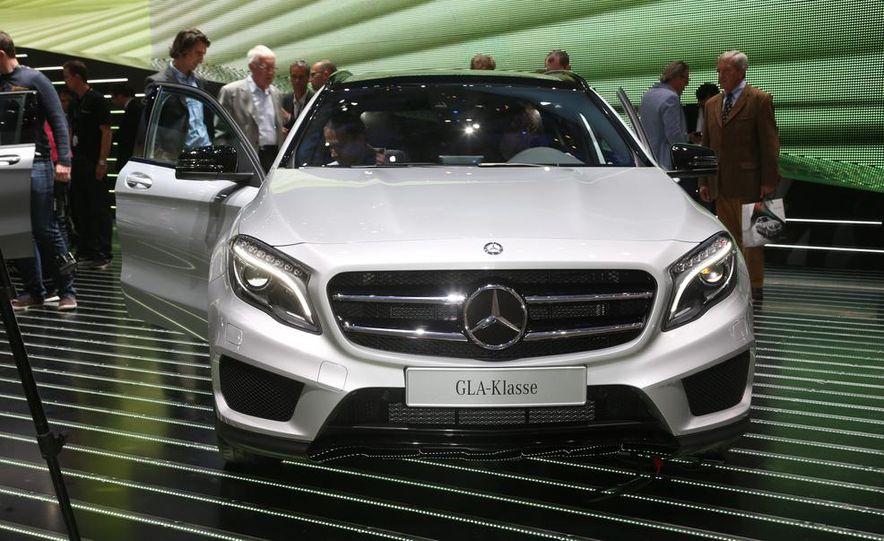 2015 Mercedes-Benz GLA250 4MATIC - Slide 5