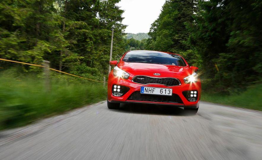 2014 Kia Cee'd GT and Pro_Cee'd GT - Slide 4