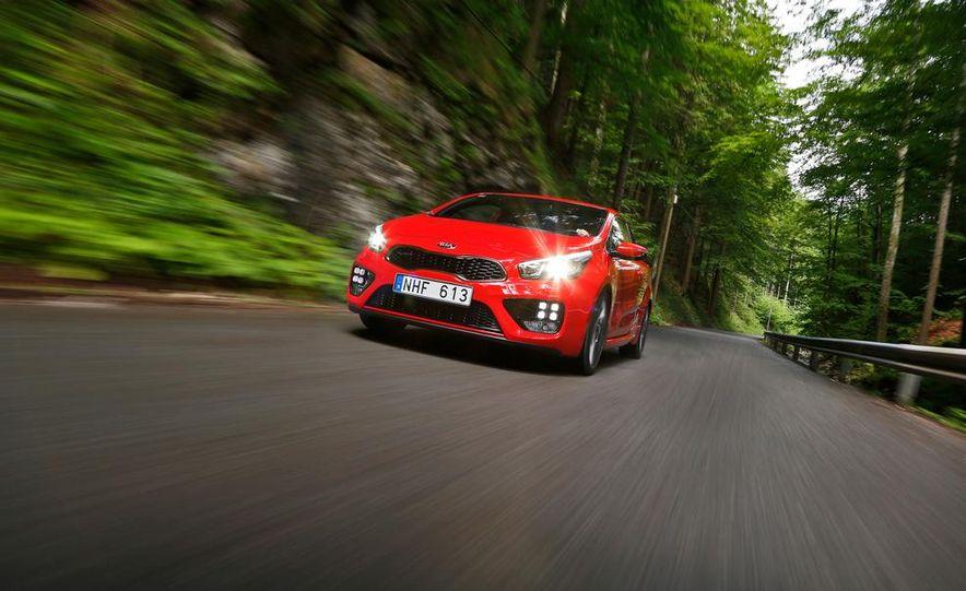2014 Kia Cee'd GT and Pro_Cee'd GT - Slide 6