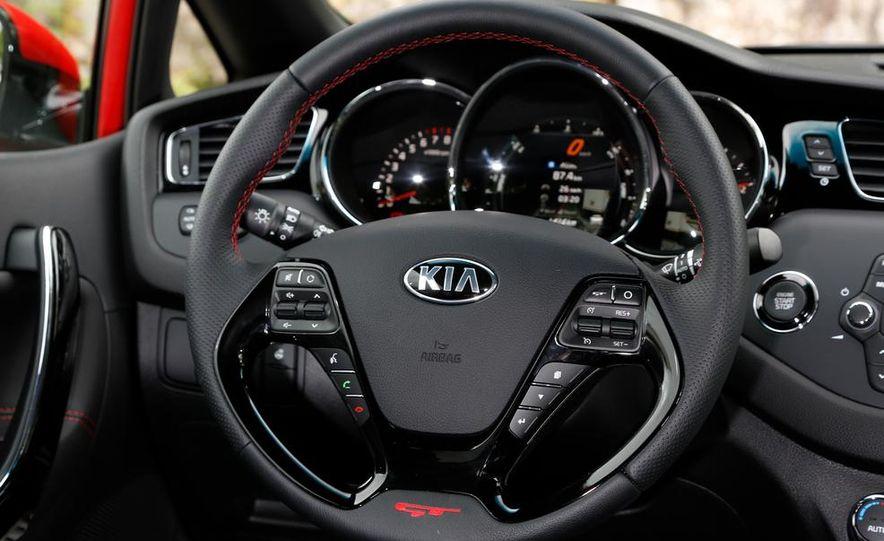 2014 Kia Cee'd GT and Pro_Cee'd GT - Slide 22