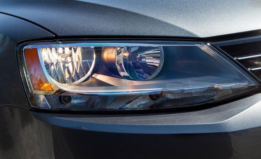 2014 Volkswagen Jetta 1.8T SE - Slide 25