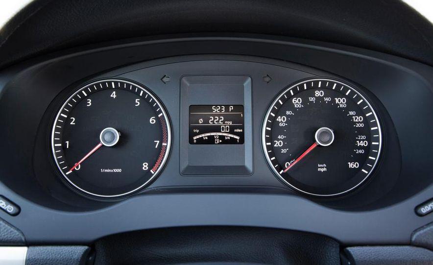 2014 Volkswagen Jetta 1.8T SE - Slide 31