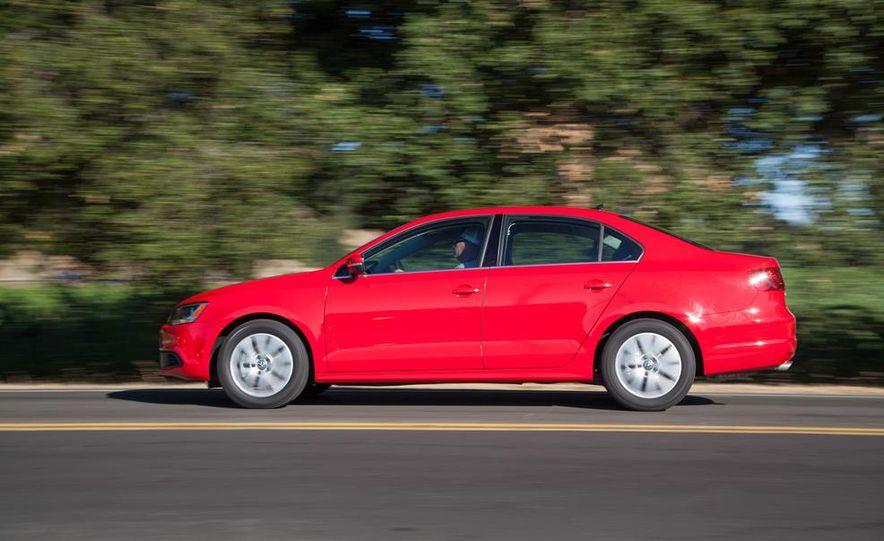 2014 Volkswagen Jetta 1.8T SE - Slide 5