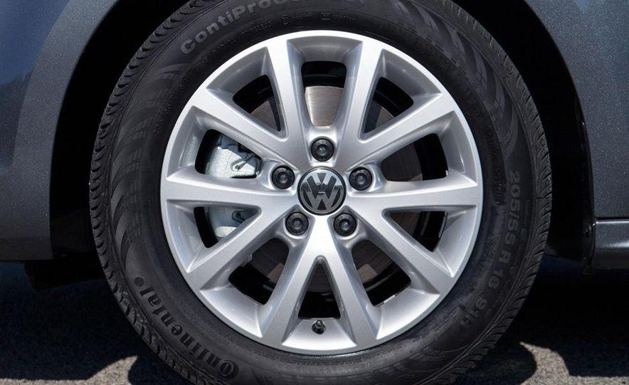 2014 Volkswagen Jetta 1.8T SE - Slide 26