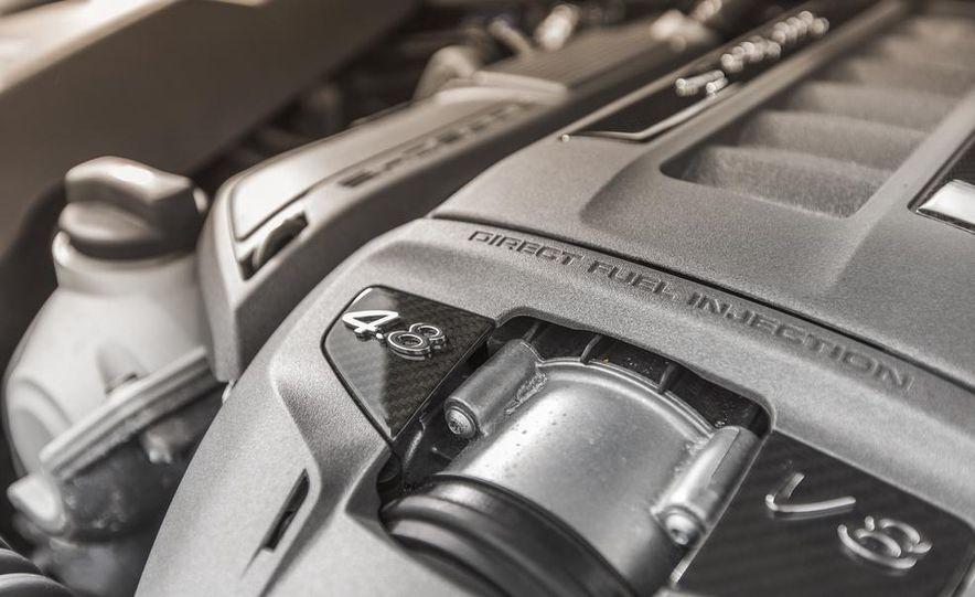 2014 Porsche Cayenne Turbo S - Slide 39