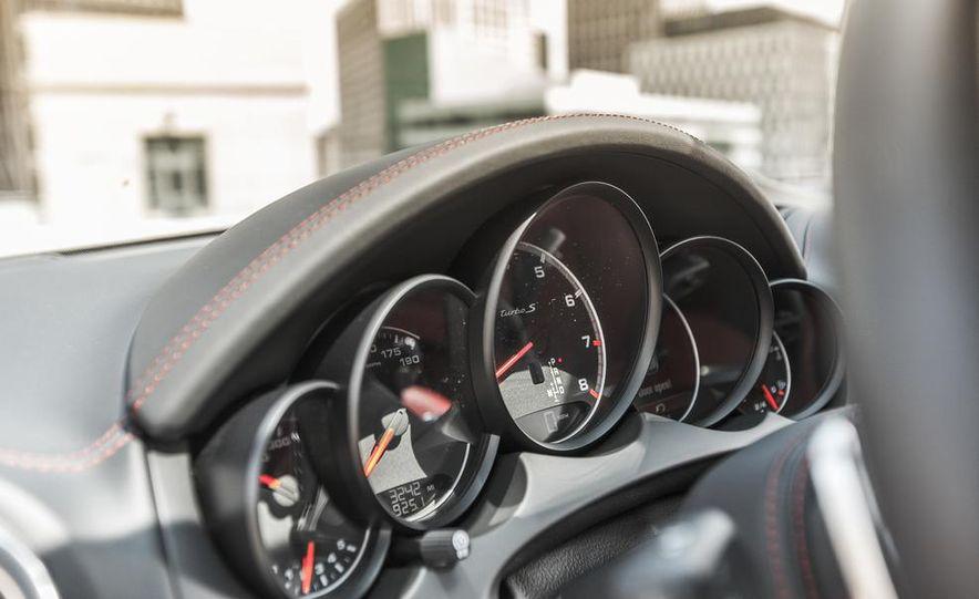 2014 Porsche Cayenne Turbo S - Slide 31