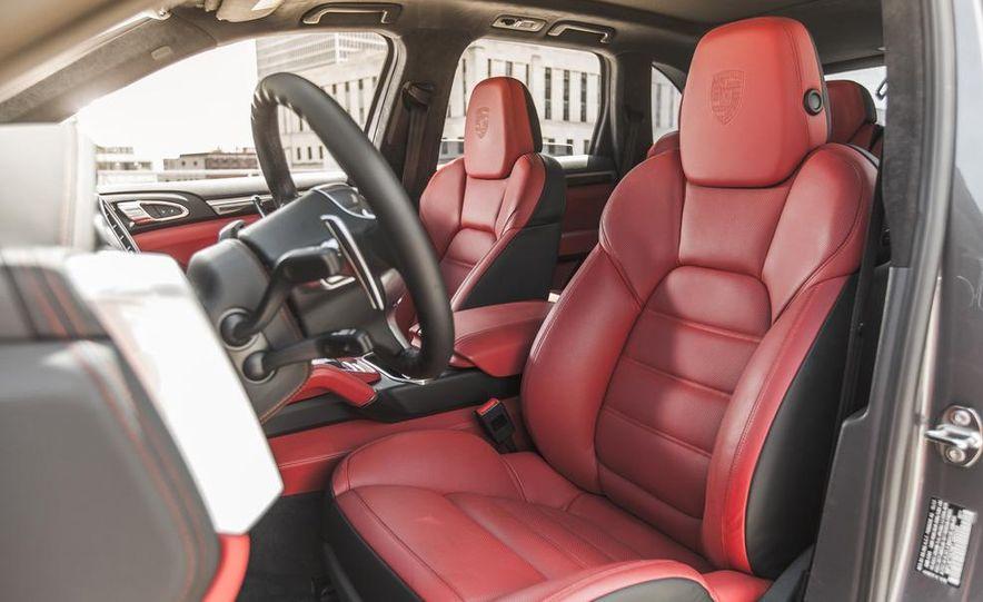 2014 Porsche Cayenne Turbo S - Slide 20