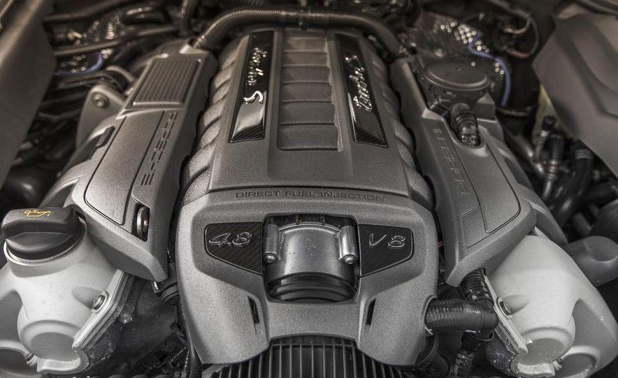 2014 Porsche Cayenne Turbo S - Slide 38