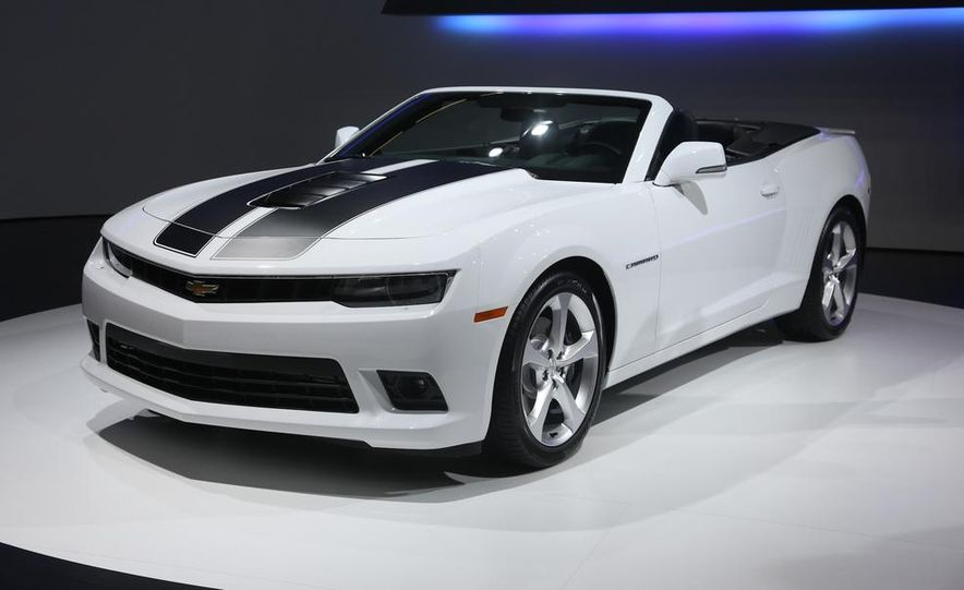 2014 Chevrolet Camaro convertible - Slide 2