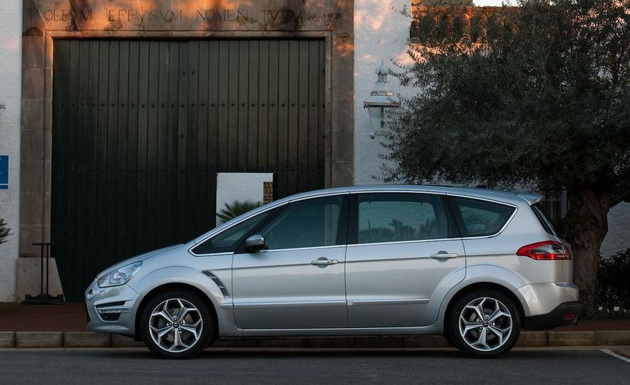 Ford S-Max concept - Slide 30