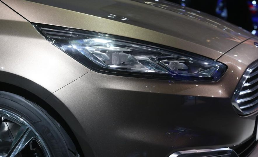 Ford S-Max concept - Slide 16