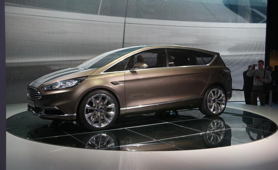 Ford S-Max concept - Slide 1