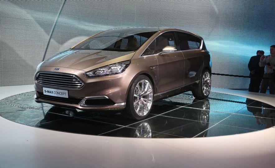 Ford S-Max concept - Slide 2