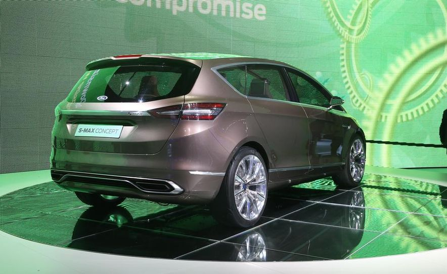 Ford S-Max concept - Slide 8