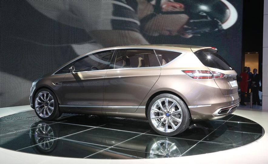 Ford S-Max concept - Slide 9