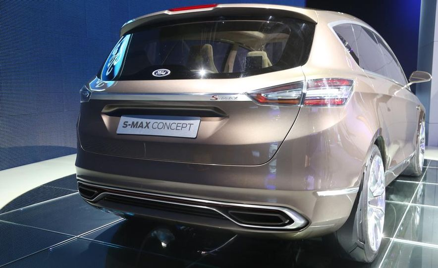 Ford S-Max concept - Slide 12