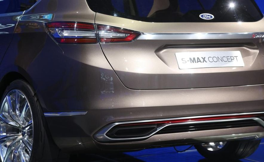 Ford S-Max concept - Slide 13