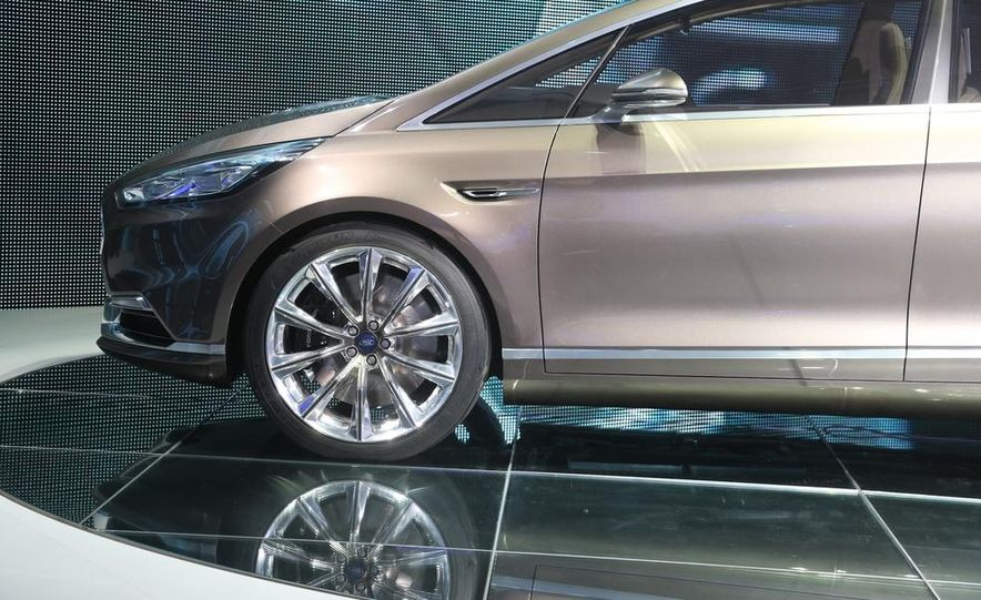 Ford S-Max concept - Slide 14