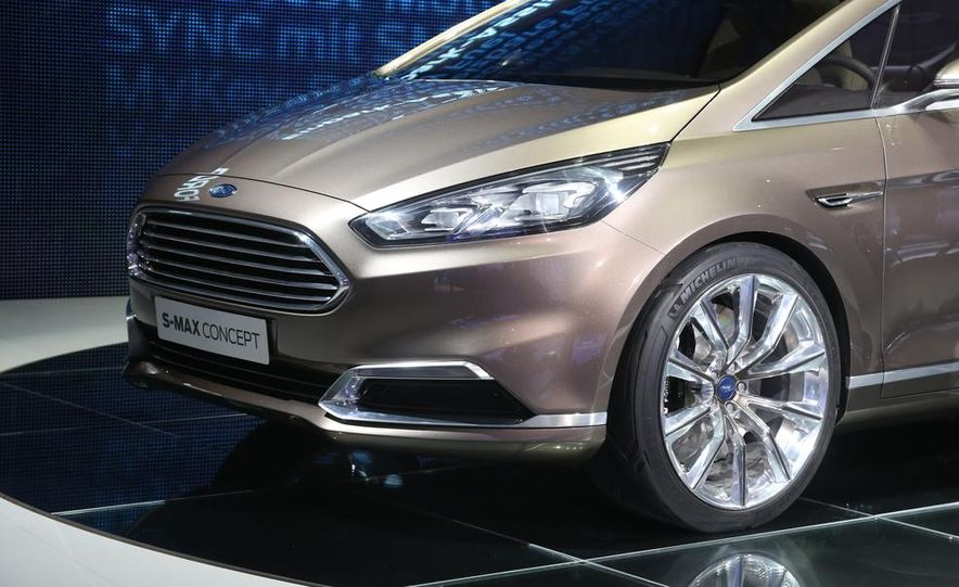 Ford S-Max concept - Slide 15