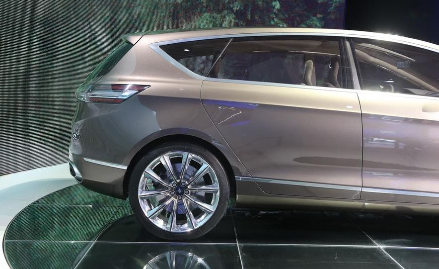 Ford S-Max concept - Slide 17