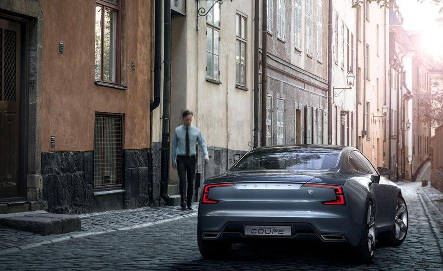 Volvo Concept Coupe - Slide 34