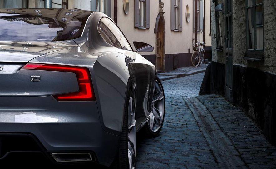 Volvo Concept Coupe - Slide 40