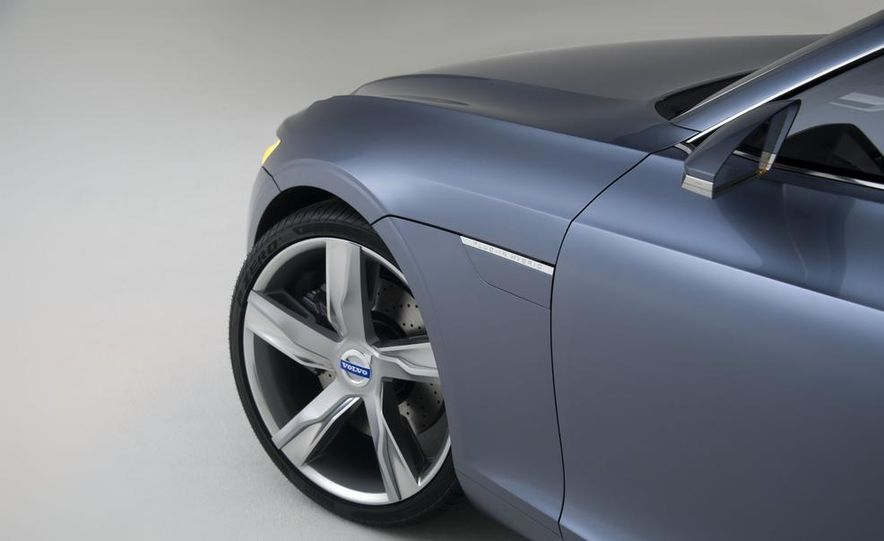 Volvo Concept Coupe - Slide 46