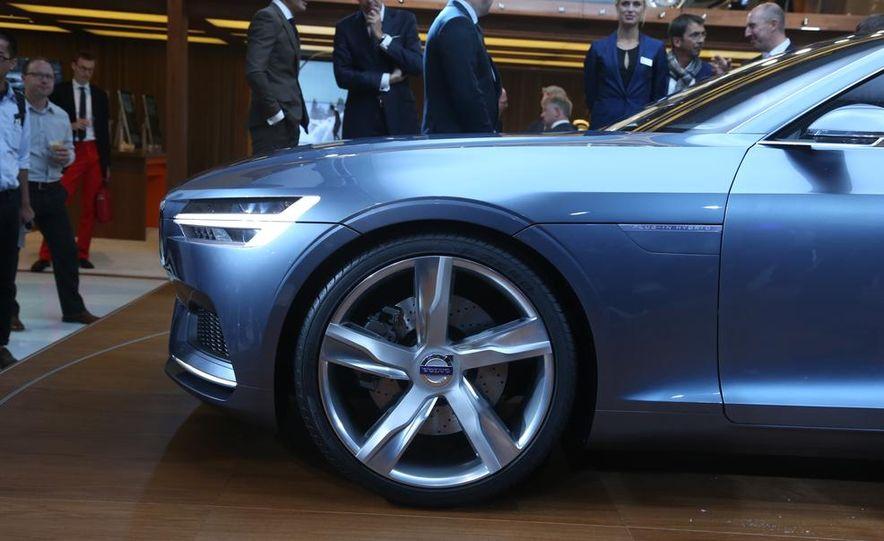 Volvo Concept Coupe - Slide 12