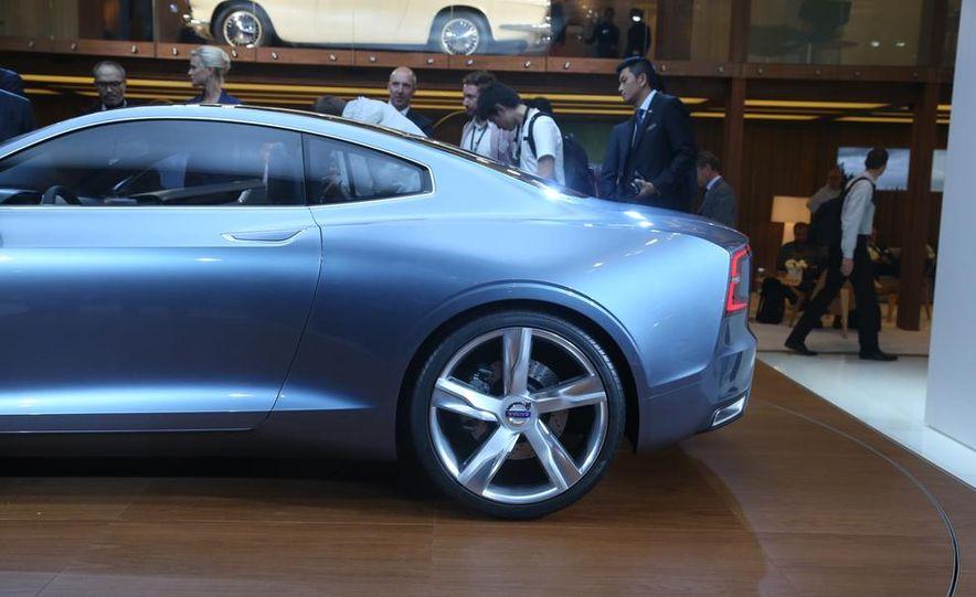 Volvo Concept Coupe - Slide 14