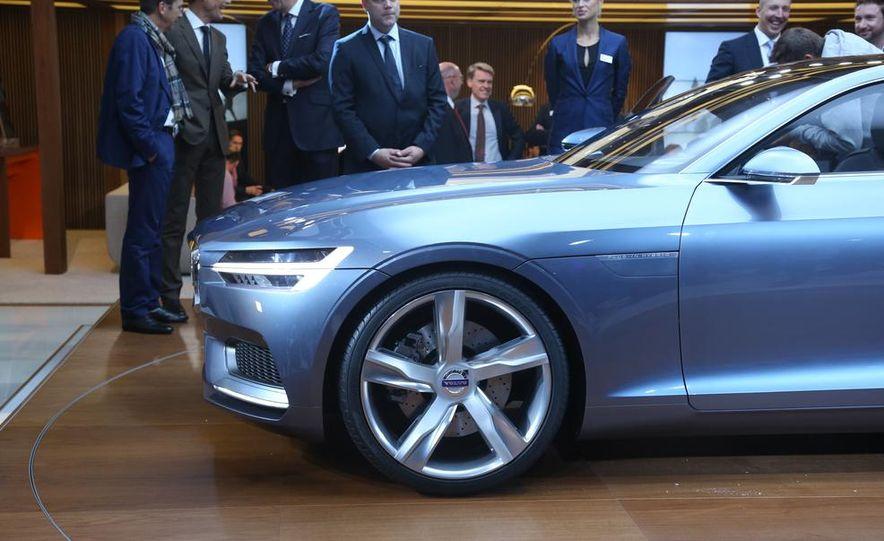 Volvo Concept Coupe - Slide 15