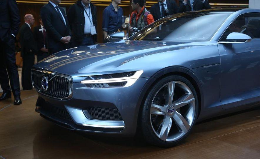 Volvo Concept Coupe - Slide 17