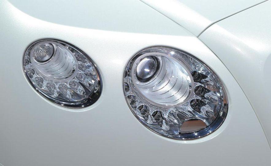 2014 Bentley Continental GT V8 S convertible - Slide 15