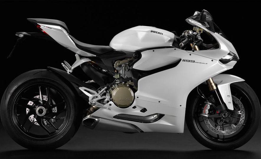 2013 Ducati 1199 Panigale - Slide 9