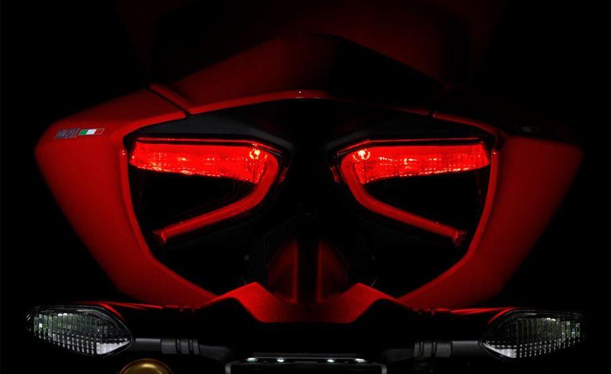 2013 Ducati 1199 Panigale - Slide 7
