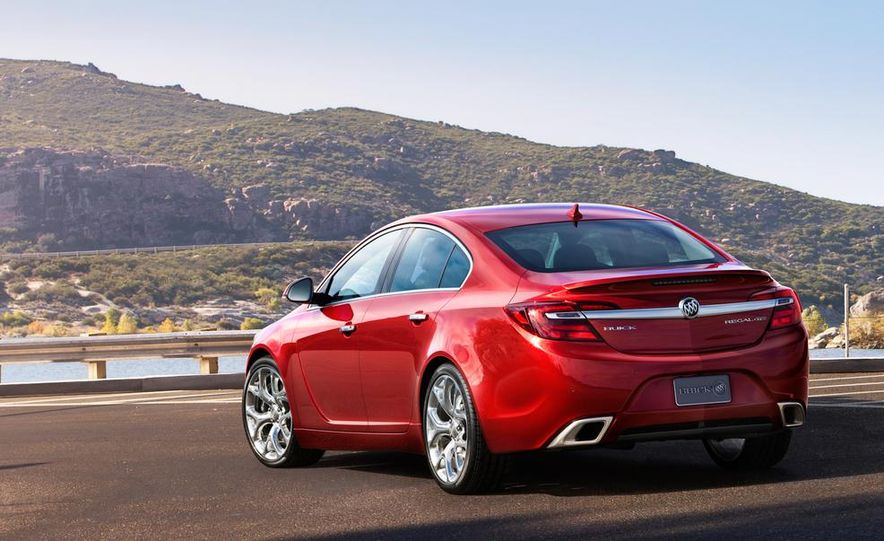 2014 Buick Regal GS - Slide 10
