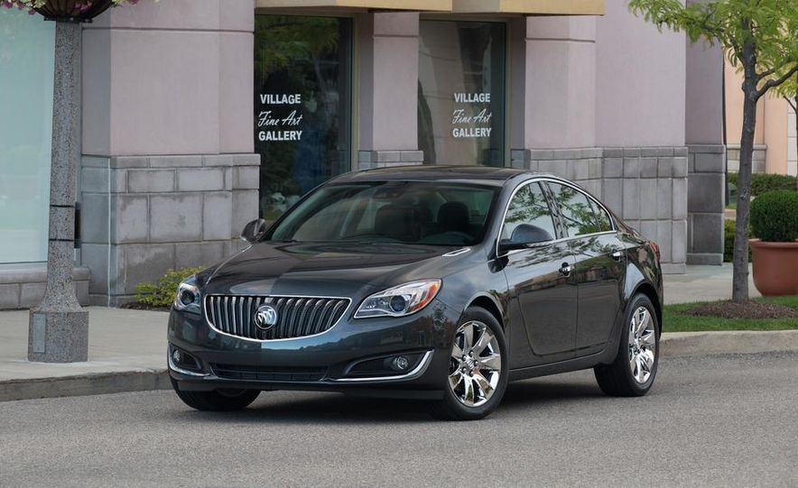 2014 Buick Regal GS - Slide 17