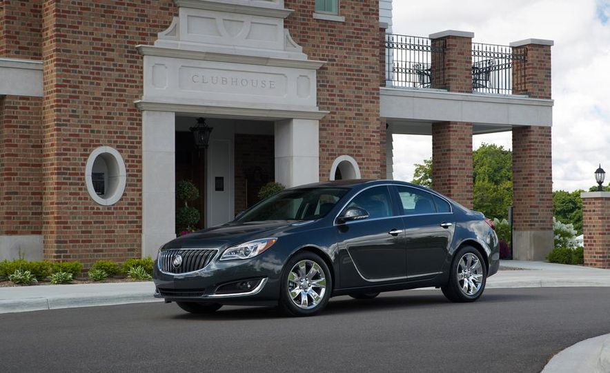 2014 Buick Regal GS - Slide 19