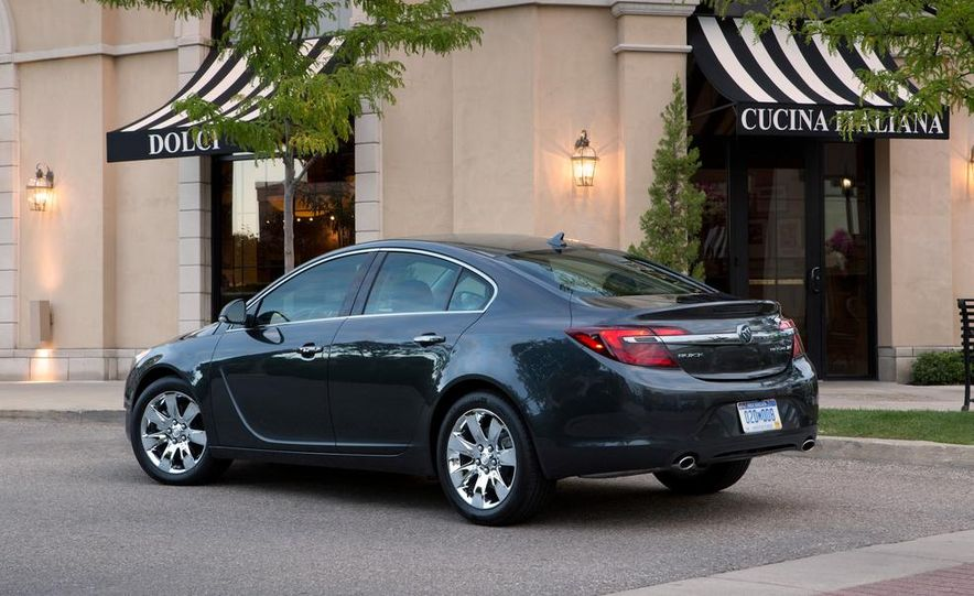 2014 Buick Regal GS - Slide 20