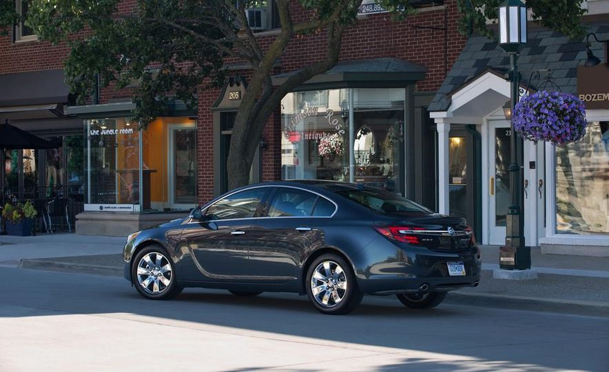 2014 Buick Regal GS - Slide 21