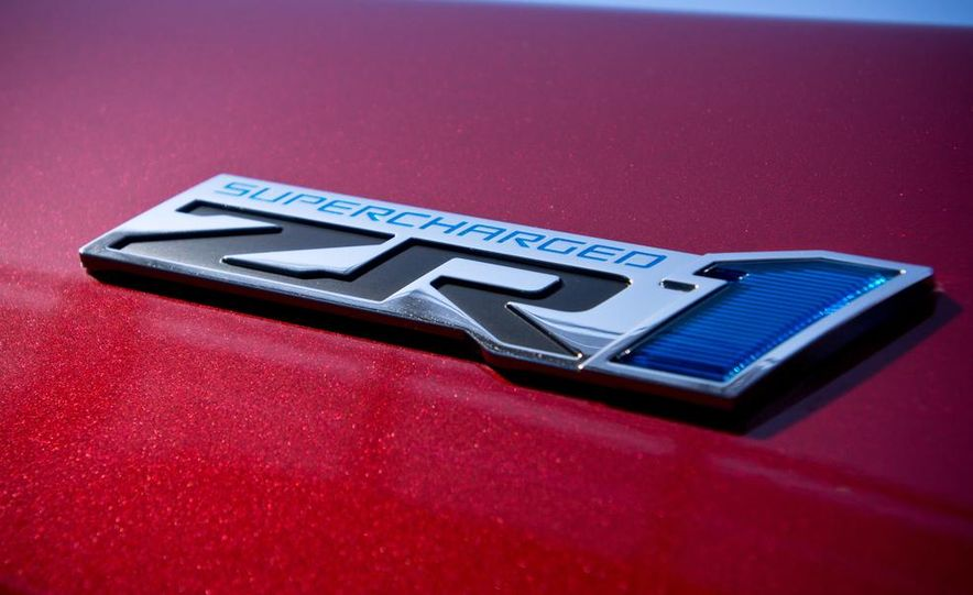 C6 and 2014 (C7) Chevrolet Corvette Touring seats - Slide 52