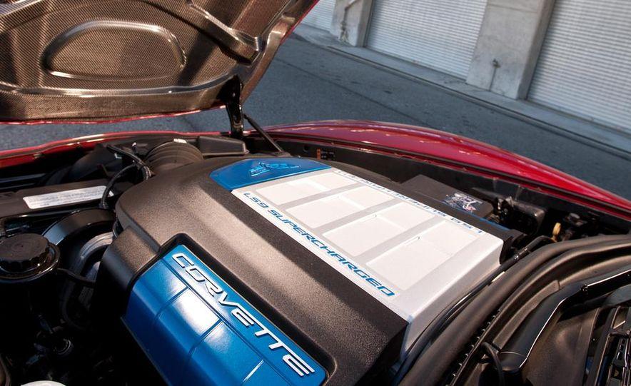 C6 and 2014 (C7) Chevrolet Corvette Touring seats - Slide 66