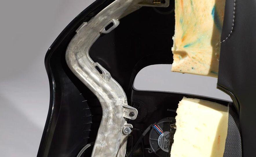 C6 and 2014 (C7) Chevrolet Corvette Touring seats - Slide 4