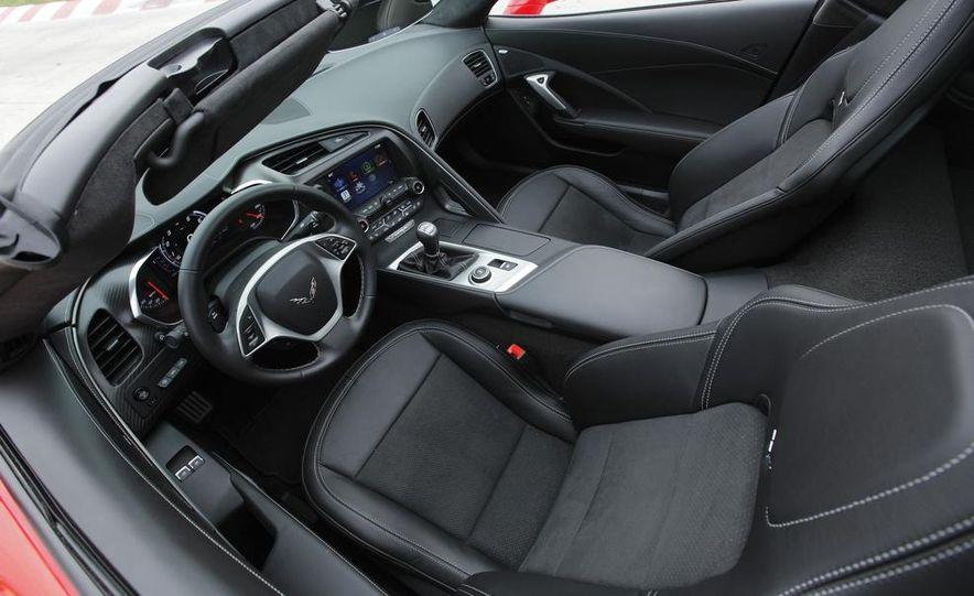 C6 and 2014 (C7) Chevrolet Corvette Touring seats - Slide 25
