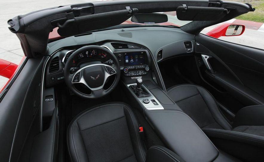 C6 and 2014 (C7) Chevrolet Corvette Touring seats - Slide 26