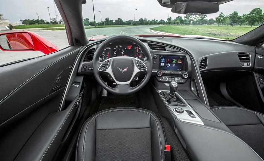 C6 and 2014 (C7) Chevrolet Corvette Touring seats - Slide 27