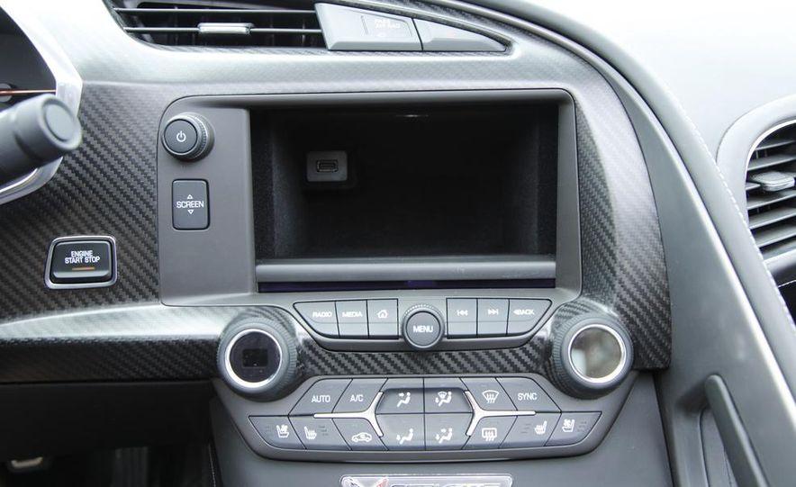 C6 and 2014 (C7) Chevrolet Corvette Touring seats - Slide 29