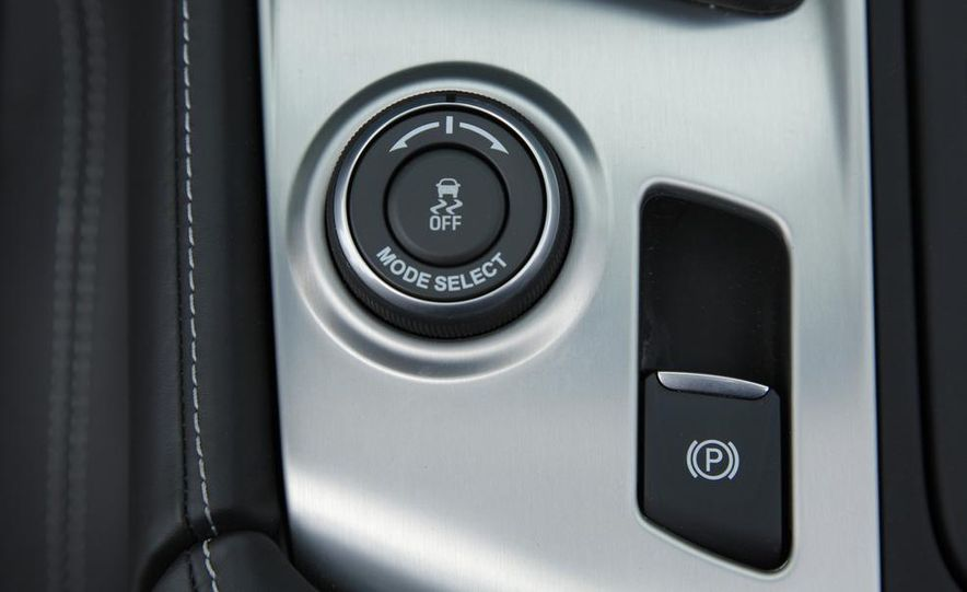 C6 and 2014 (C7) Chevrolet Corvette Touring seats - Slide 34