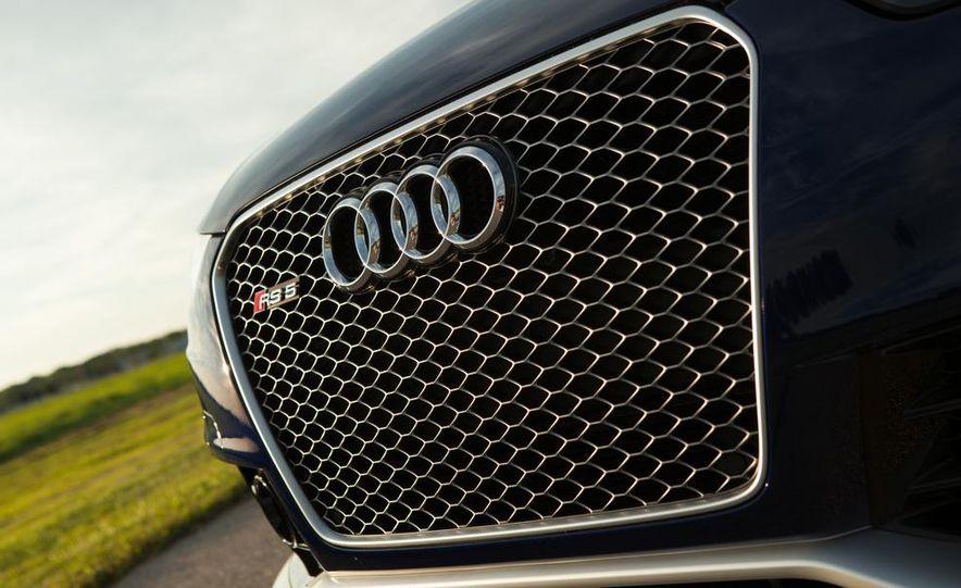 2013 Audi RS5 Cabriolet - Slide 6